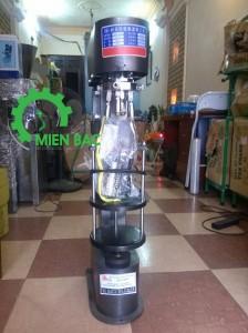 Báo giá bán lẻ máy đóng nắp chai bán tự động