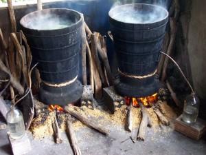 Ưu điểm khi nấu rượu sử dụng nồi nấu rượu bằng điện so với dùng nồi nấu rượu kiểu truyền thống