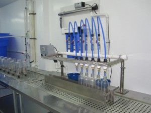 Báo giá bán lẻ máy chiết rót nước tinh khiết